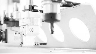 Schreinerei Ludwigsburg WeyFra Detailansicht CNC-Maschine