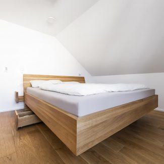 Schreinerei Ludwigsburg WeyFra Holzbett nach Maß