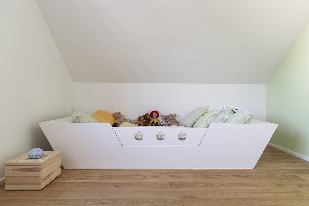 Schreinerei Ludwigsburg WeyFra Kinderbett aus Holz nach Maß